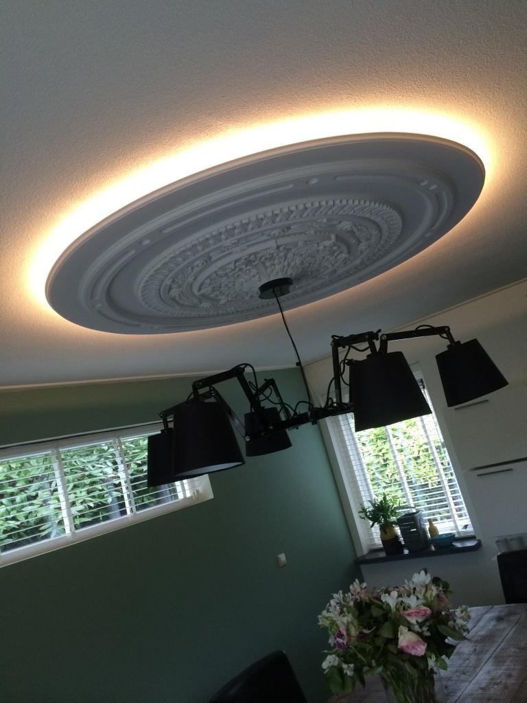 home > portfolio > Meubelen en verlichting > Verlaagd plafond rond ...