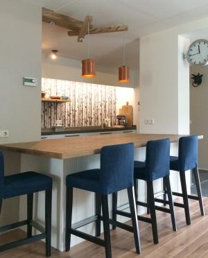 300 - Keuken bar boven ...